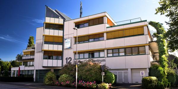 Aussenaufnahme des Bürogebäudes in Schwerte mit der ALPHA COM Niederlassung Dortmund